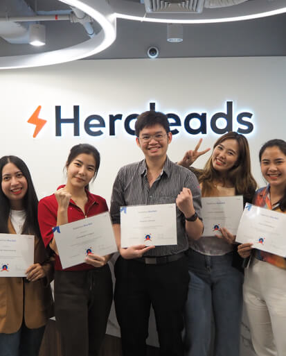 heroleads asia awards, employees with their certificates